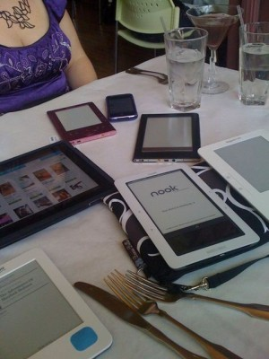 Dear Jane: What eBook Reader Should I Buy?