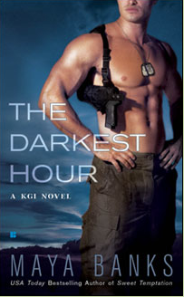REVIEW & GIVEAWAY:  The Darkest Hour by Maya Banks