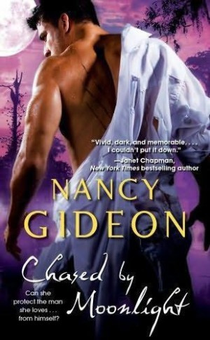 REVIEW: Chased by Moonlight by Nancy Gideon