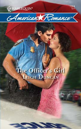 REVIEW: The Officer's Girl by Leigh Duncan