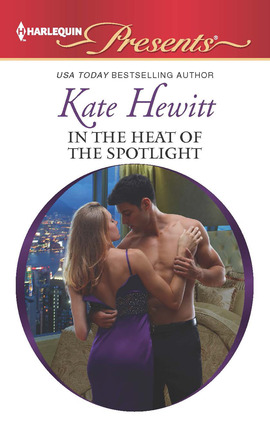 REVIEW:  In the Heat of the Spotlight by Kate Hewitt