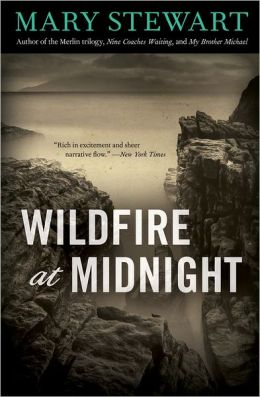 REVIEW:  Wildfire at Midnight by Mary Stewart