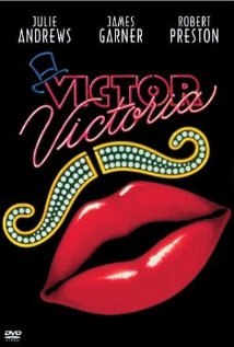 Friday Film Review: Victor / Victoria