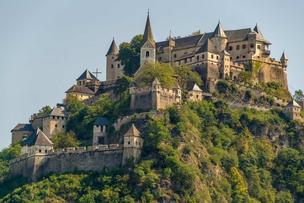Here Are 5 Of The Most Impressive Medieval Castles
